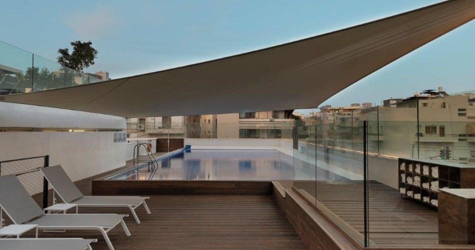 בריכה שחייה - מלון מטרופוליטן תל אביב